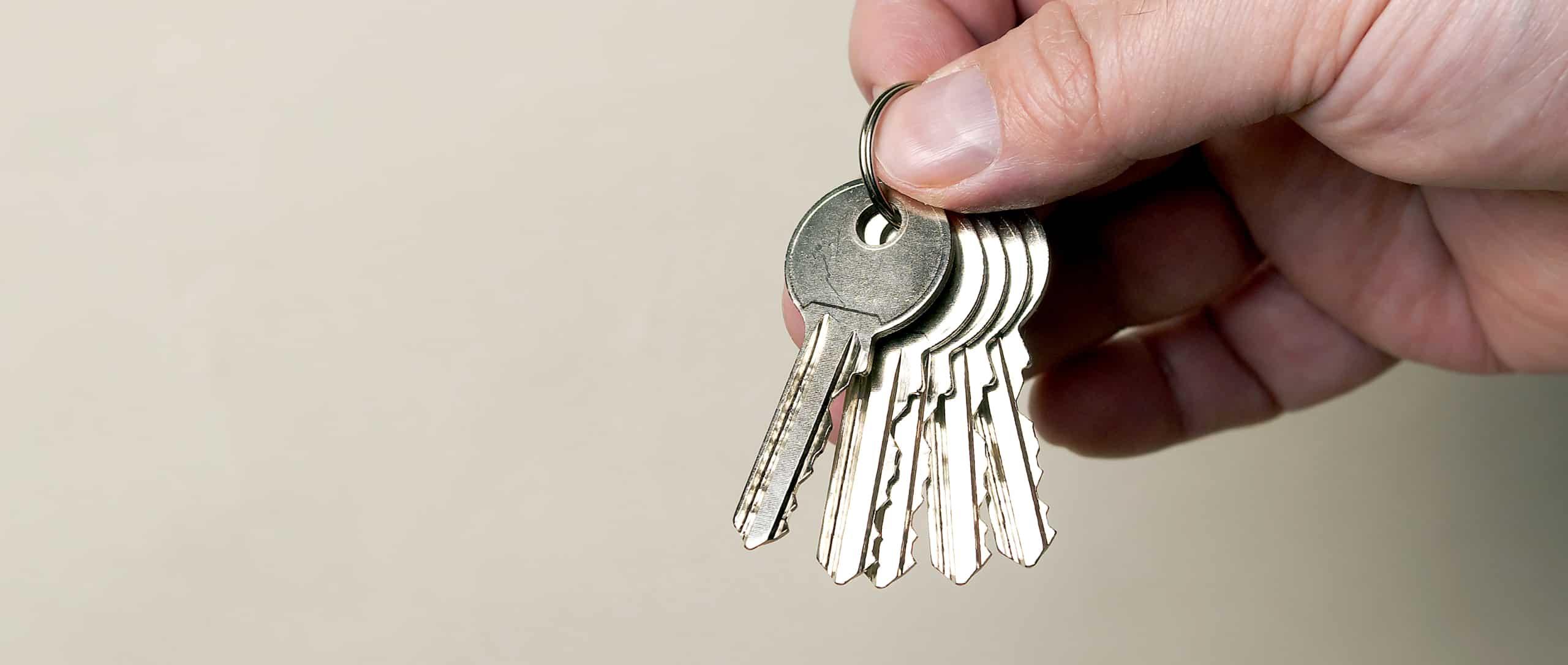 Benefits of a Master Key System Holding Keys